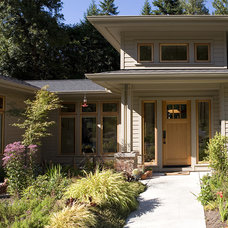 Craftsman Exterior by Paul Moon Design