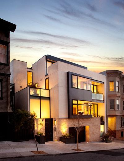 Современный Фасад дома Contemporary Exterior