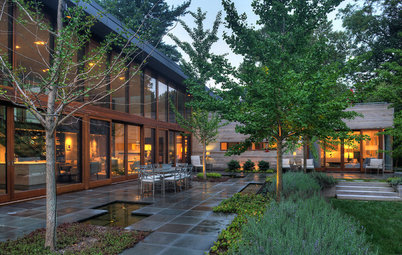 Houzz Tour: Living Luxuriously With Nature
