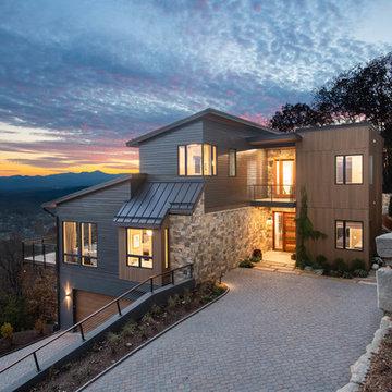 Contemporary Hillside home on Reynolds Mt.