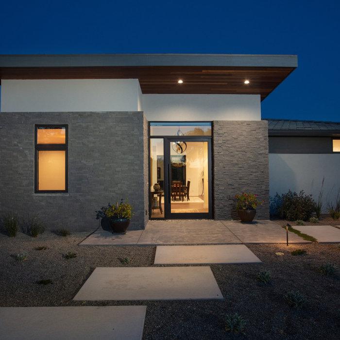 Contemporary Home in Santa Ysabel Ranch