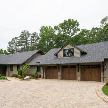 Contemporary Ranch-Style Home