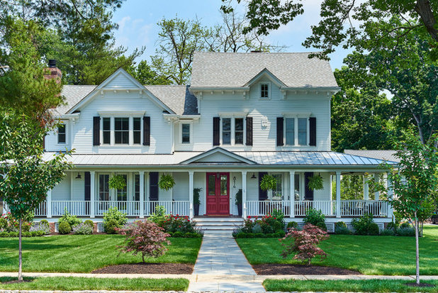 Traditional Exterior by Lazar Architecture, LLC