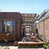 Houzz Tour: Convertible Courtyards Change the Game in Australia