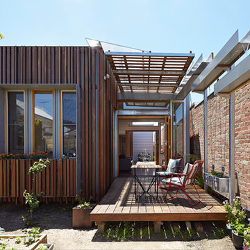 Convertible Courtyards House