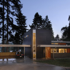 Modern Exterior by Coop 15 Architecture