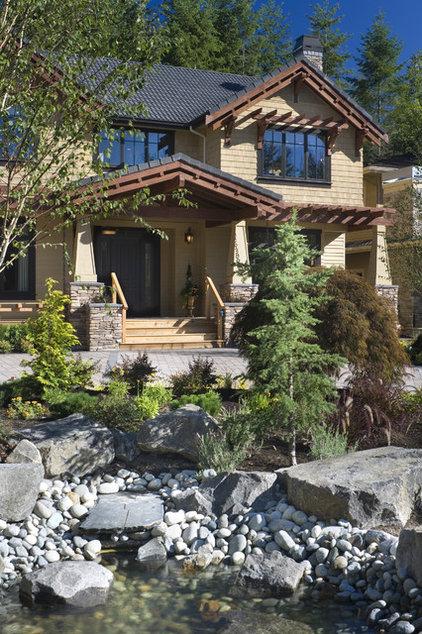 Craftsman Exterior by Alan Mascord Design Associates Inc
