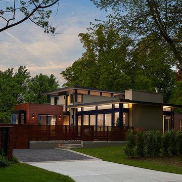 Corner Courtyard Residence