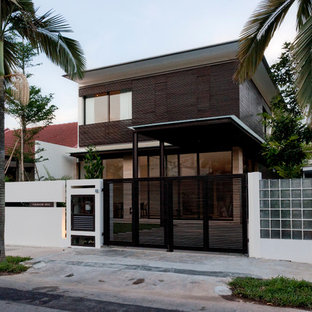 Inspiration for a modern house exterior in Singapore.
