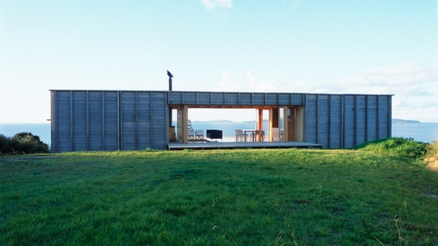 Современный Фасад дома by Crosson Architects