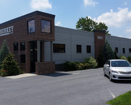 Corporate office exterior design ideas remodels photos for Houzz corporate office