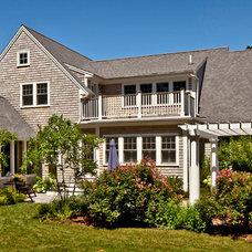 Traditional Exterior by Sean Papich Landscape Architecture