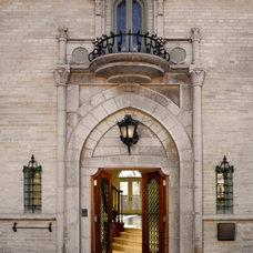 Traditional Exterior by Ekman Design Studio