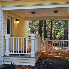 Traditional Exterior by ENVISION HOMES