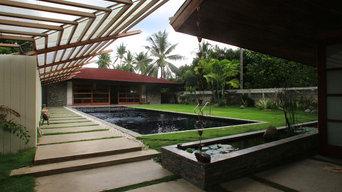 Courtyard & pool looking towards the sala