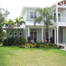 Tropical Exterior by J. E. TUCKER, INC.