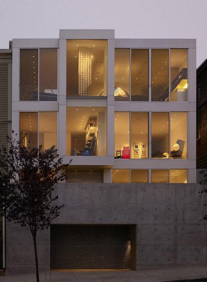 Modern Exterior by Matarozzi Pelsinger Builders