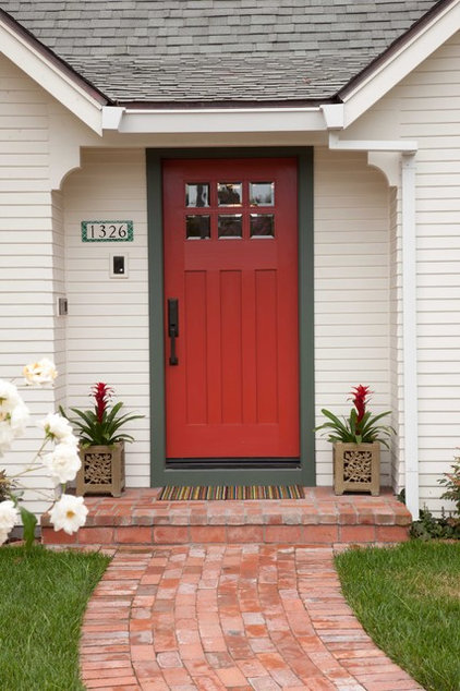 Traditional Entry by Gatling Design