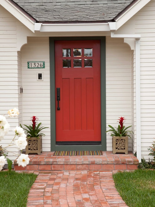 Cottage style entry door houzz for Cottage style front doors
