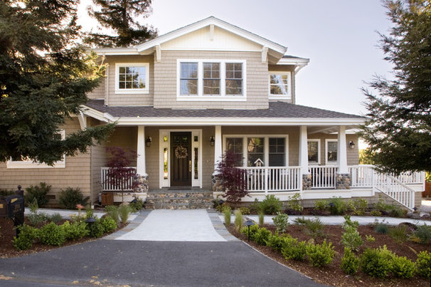 Craftsman Exterior by Allwood Construction Inc
