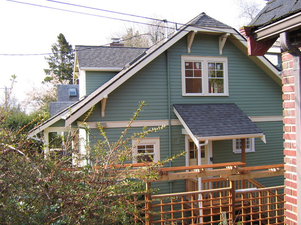 Craftsman Exterior by jARCHITECTS: Jim Rymsza, AIA