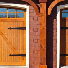 Craftsman Exterior by Architecture Studio, Inc.