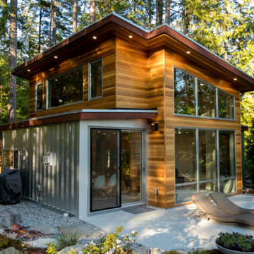 Crafty container house