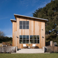 Farmhouse Exterior by Andrew Mann Architecture