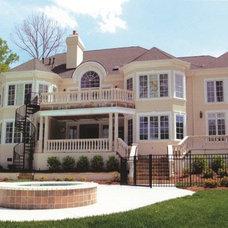 Exterior by McSpadden Custom Homes