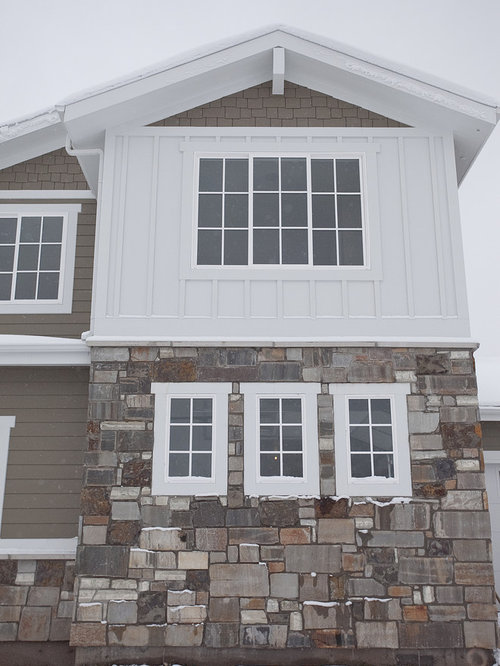 Batten and board siding home design ideas pictures remodel and decor Exterior board and batten spacing
