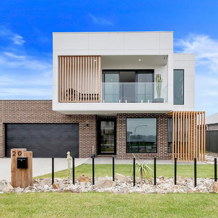 Contemporary exterior in Wollongong.