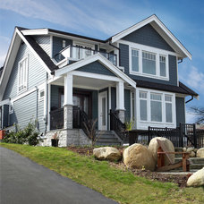 Traditional Exterior by JDL Homes Vancouver
