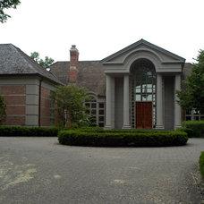 Traditional Exterior by Usztan, LLC