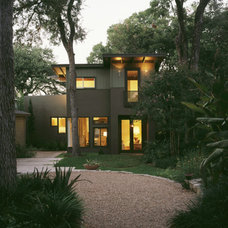 Transitional Exterior by FAB Architecture