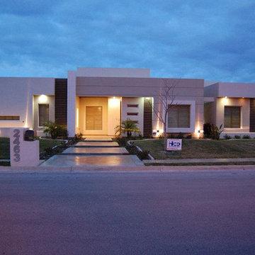 DanSan House