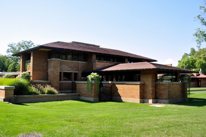 Frank lloyd wright 39 s prairie triumph returns for Frank lloyd wright style house plans