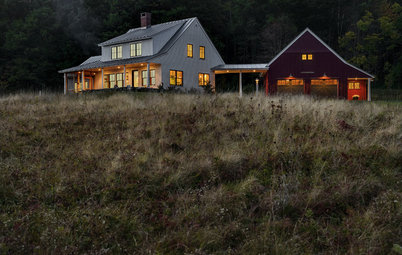 Houzz Tour: A New Farmhouse Pulls Off an Old Look