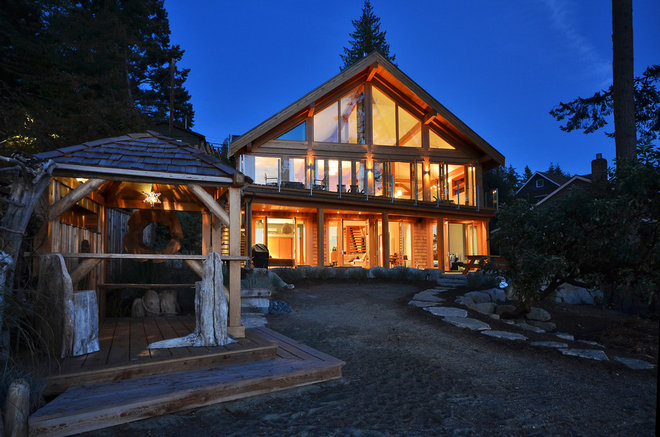 Eclectic Exterior by Streamline Design Ltd. - Kevin Simoes