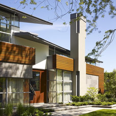 Midcentury Exterior by Abramson Teiger Architects