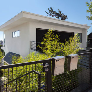 This is an example of a modern white exterior in Los Angeles.