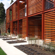 Modern Exterior by Erez Russo Architect PC