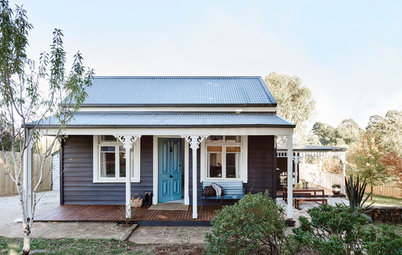 Houzz Tour: Cozy Country Cottage Provides a Family's R&R