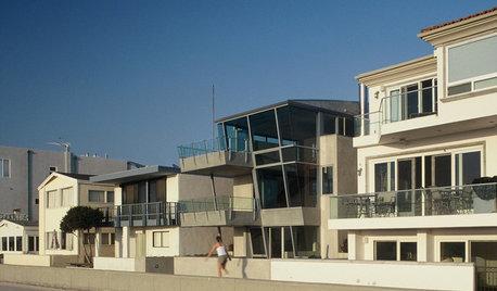 Regional Modern: L.A. Coast Homes Soak in the View