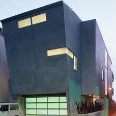 Contemporary Exterior by Dean Nota Architect