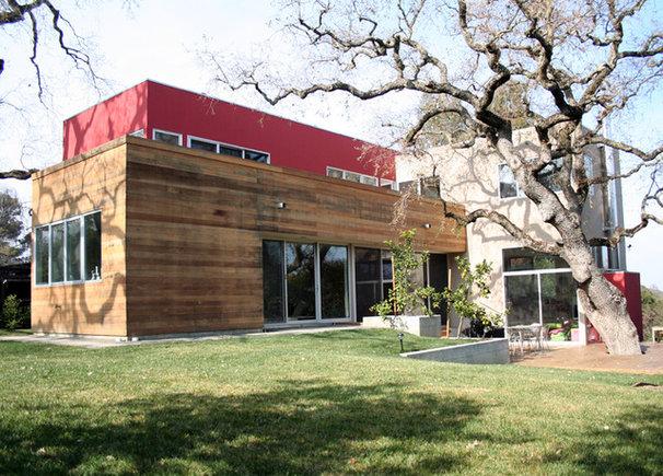 Modern Exterior by Sagan / Piechota Architecture