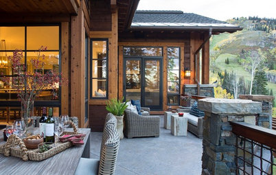 Houzz Tour: A Mountain Retreat Goes Against the Grain