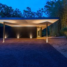 Modern Exterior by JKRC- Jason Klinge Residential Contracting