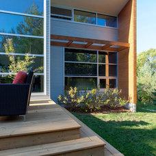 Modern Exterior by Genesis Architecture, LLC.