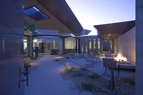 Modern Exterior by Kendle Design Collaborative