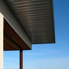 Modern Exterior by gronlund dare partnership
